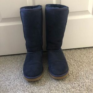 Classic navy Ugg boots
